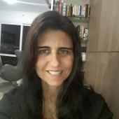 Profa. Daniela Jacob