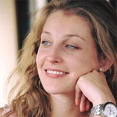 Manoela Silva, aprovado em 2011